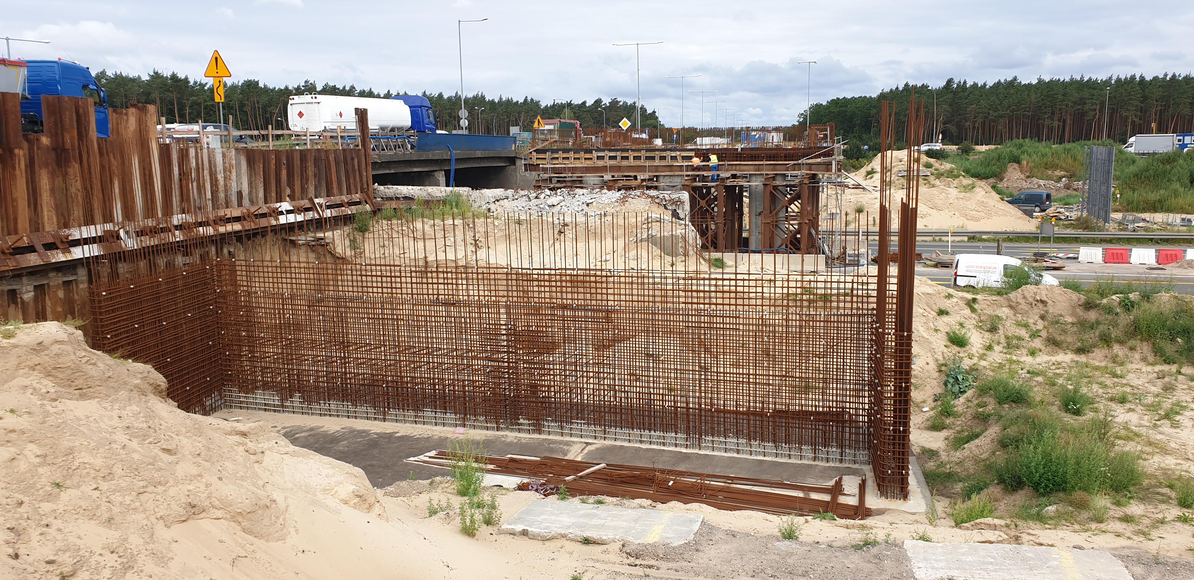 przyczółek mostowy - brak robót